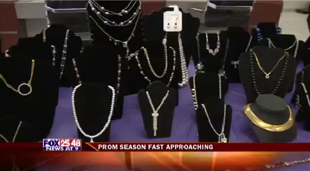 Prom Bling-20160303223413_1459743043975.png