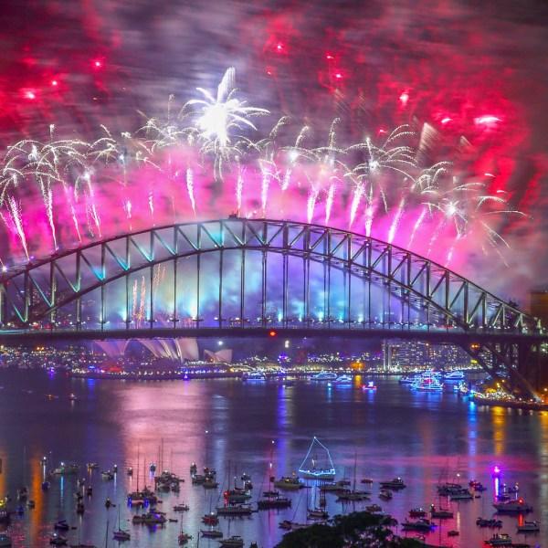 Sydney, Australia, fireworks New Year's NYE 201847987466-159532