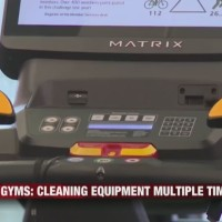 Gyms__Cleaning_Equipment_Multiple_Times_0_20180125031225