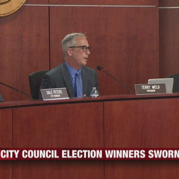 Eau_Claire_City_Council_Winners_Sworn_in_0_20190417142243