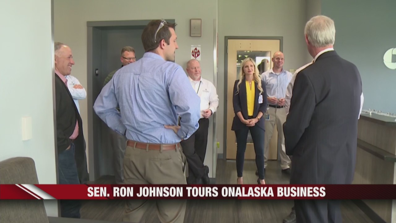 Sen__Ron_Johnson_tours_Onalaska_business_0_20190531020619