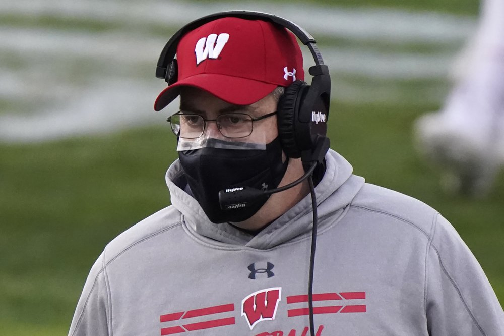 COVID-19 causes Gophers to cancel game with No. 18 Wisconsin