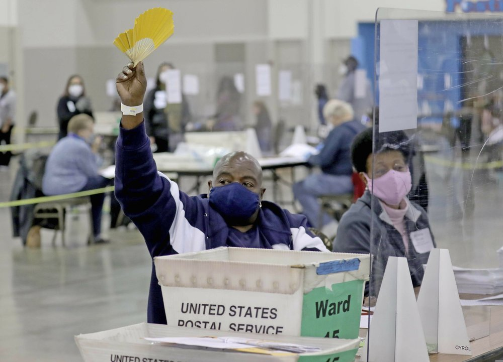 Nearly 400 uncounted ballots found in Wisconsin recount