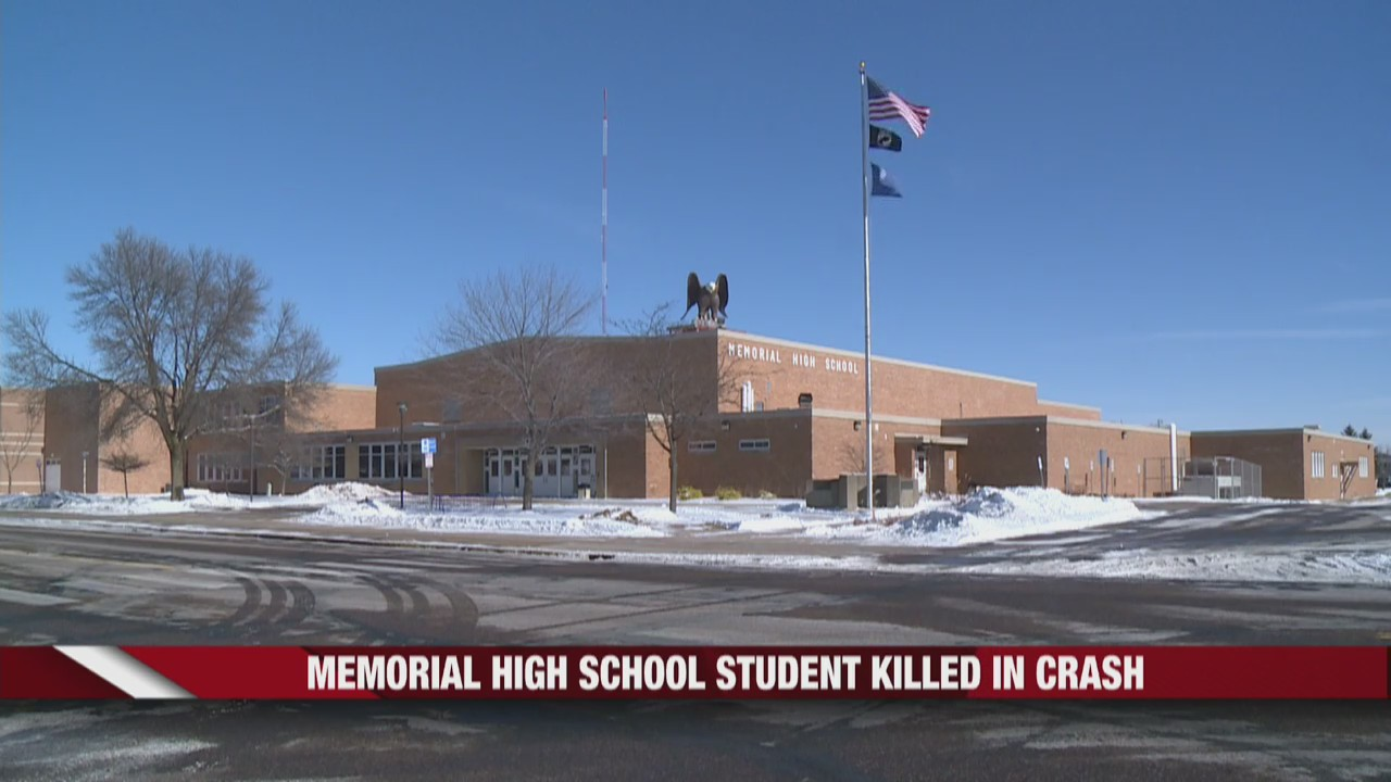 Eau Claire Memorial High School freshman killed in car crash