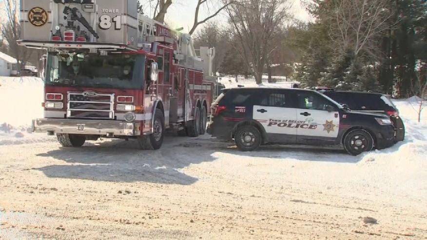 Authorities confirm 2 deaths in Rock County plane crash