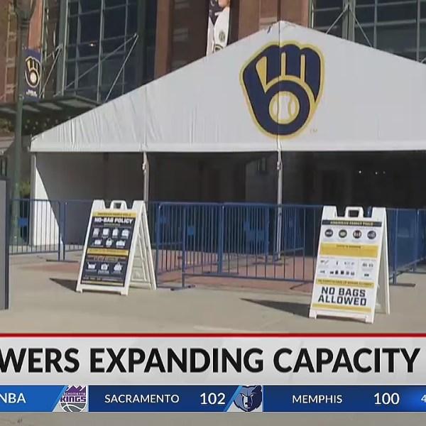 Milwaukee Brewers will return to full stadium capacity starting June 25