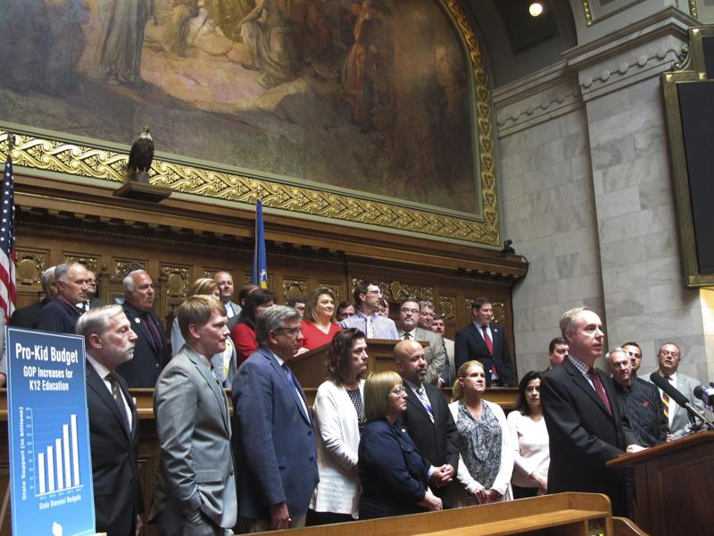 Wisconsin lawmakers to take first police votes since Floyd